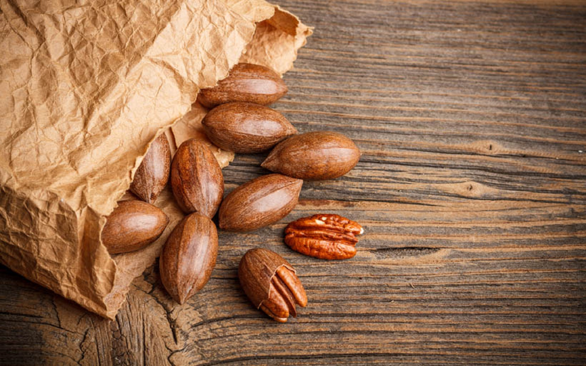 How to Store Pecans the Right Way: Keep Them Fresher Longer